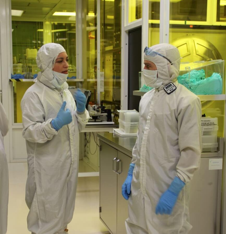 jessica gomez in Rogue Valley Microdevice's cleanroom